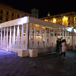 """Tensostruttura Cristal piazza repubblica • <a style=""""font-size:0.8em;"""" href=""""http://www.flickr.com/photos/98039861@N02/18305951173/"""" target=""""_blank"""">View on Flickr</a>"""